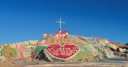 Desert_SalvationMountain
