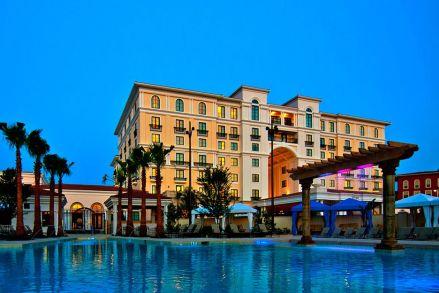 Photo via Hotel Eilan Resort and Spa